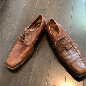 Men's Florsheim dress shoes size 10